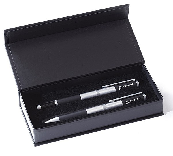 Boeing Ballpoint and Rollerball Pen Boxed Set Gun metal